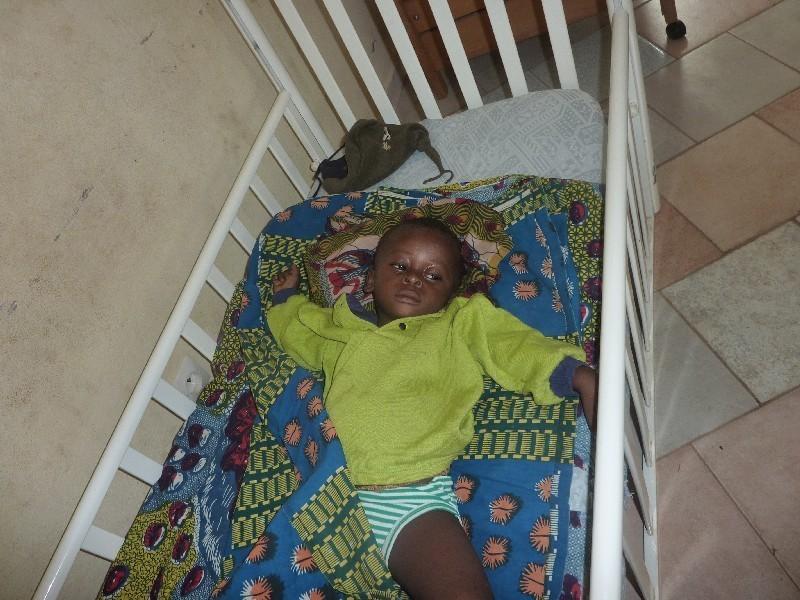 piccolo colpito da malaria